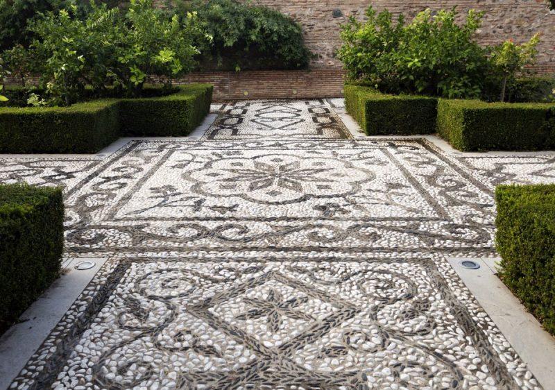 mosaic paving
